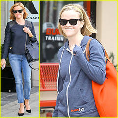 Reese Witherspoon: Club Monaco Shopping After Workout!